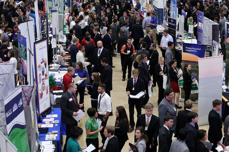 S&T career fair photo